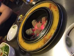 韓国江南の焼き肉屋さんでサムギョプサルを食べました